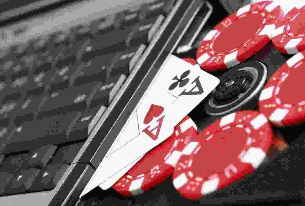 Poker texas hold em online.